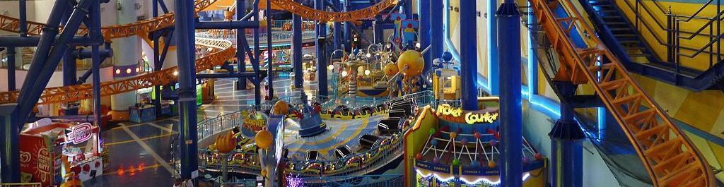 Theme Park small Post